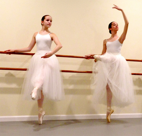 advanced ballet students